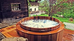 spa d exterieur bois spas en bois u2013 le voyage effervescent storvatt