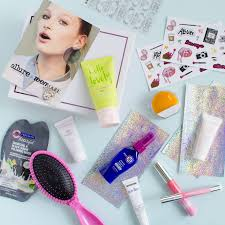 trendy gifts for her 2016 best affordable u0026 trendy subscription box gift ideas for teens