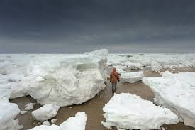 giant chunks of ice wash ashore on cape cod wpri 12 eyewitness news