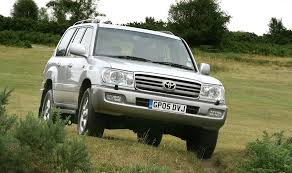 toyota land cruiser amazon station wagon review 2002 2006
