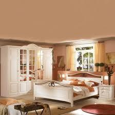 Schlafzimmerschrank Pinie Massiv Wohndesign Geräumiges Cool Schlafzimmer Landhausstil Weis Aufbau