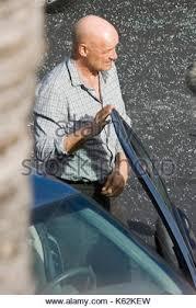 terry o u0027quinn terry o u0027quinn seen filming a car crash in honolulu