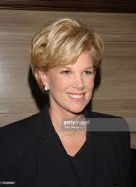 how to style hair like joan lunden 32 best me makeover joan lunden you look like me images on