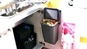 poubelle placard cuisine poubelle meuble cuisine tags poubelle de placard cuisine poubelle