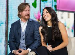 chip and joanna gaines tour schedule how joanna gaines fifth pregnancy isn t slowing down her empire