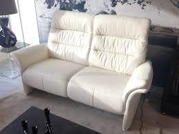 stressless canape 2 places cuir canapé aura 2 places 2 relaxations électriques toulon mobilier