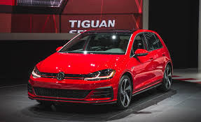 2018 volkswagen golf 5 door hatchback pictures photo gallery