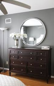 Silver Mirrored Bedroom Furniture by Best 20 Dresser Mirror Ideas On Pinterest Bedroom Dressers