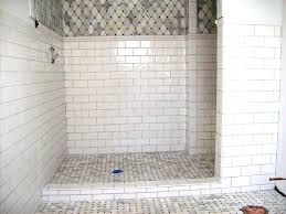 Best 25 Marble Tile Bathroom by Best 25 White Subway Tile Bathroom Ideas On Pinterest Bright