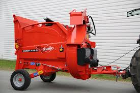 semi mounted machine added to primor range of feeders and straw