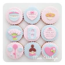 get well soon cake pops 564 best cupcakes decorations images on kitchen