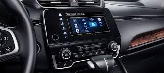 Checkered Flag Honda Norfolk Va The 2017 Honda Cr V Technology Makes For A Comfortable Interior