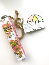 teacher appreciation gift umbrella and gift tag paintbrushes