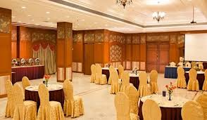 reception halls advantage of booking banquet halls in chicago for wedding