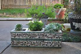 table the pretty cinder block raised bed plans with upcycled