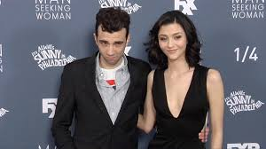 Seeking Cast Fxx Baruchel And Findlay Fxx S Seeking Season 3
