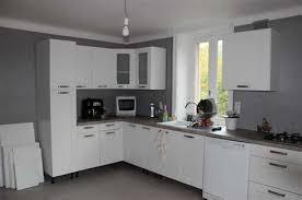 cuisine 2 couleurs cuisine 2 couleurs finest cuisine couleurs u blanc structur bois et