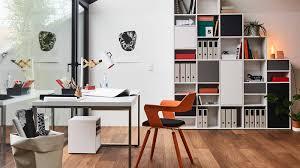 Schreibtisch Mit Regal Home Office Einrichten So Funktioniert U0027s Mycs Magazyne