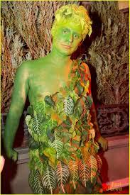 olivia holt u0026 cierra ramirez get in the halloween spirit at just
