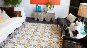 floor and home decor how to stencil a faux rug on hardwood floors how tos diy