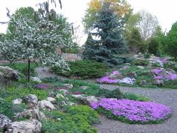 lyndale park peace rock garden next to lake harriet reasons to