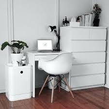 childrens bedroom desk and chair desk childrens bedroom and chair how to add a area best 25 tufted