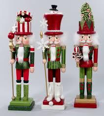 christmas nutcrackers nutcrackers keeping the christmas spirit alive 365 s