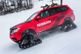 nissan pathfinder vs rogue nissan pathfinder murano and rogue get extreme snow transformations