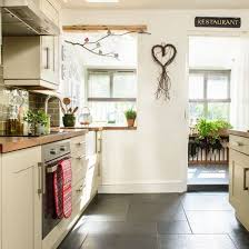 country cottage kitchen ideas country cottage kitchen design in best 25 kitchens ideas on