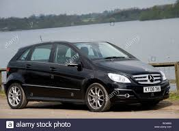 black 2008 mercedes benz b200 cdi hatchback car parked at the side
