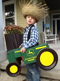 halloween costume background diy farmer costume and love those chairs in background bedrooms