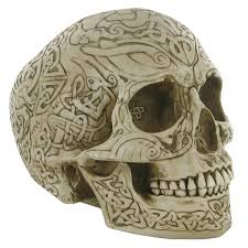 Celtic Skull - bone colour celtic skull design clinic