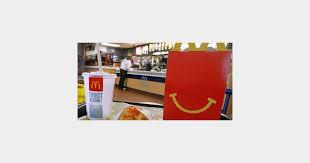 cuisine mcdonald jouet états unis une adolescente attaque mcdonald s contre les jouets