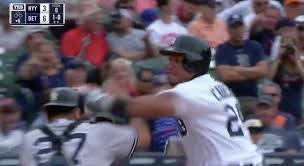 Red Sox Yankees Benches Clear Miguel Cabrera Throws Hands With Austin Romine Benches Clear