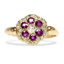 antique gold engagement rings gorgeous antique vintage engagement rings that are sure to make