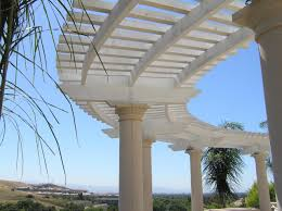 curved trellis lakeside deck u0026 patio round 2 pinterest