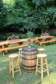Design For Wooden Picnic Table by Best 25 Picnic Table Wedding Ideas On Pinterest White Floral