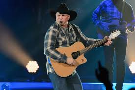 leave a light on garth brooks garth brooks set to play seven shows at the arena in november