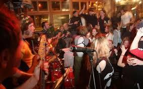 chambre 9 chamonix chamonix après ski restaurants eateries bars clubs active azur