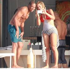 Jay Z Diving Meme - beyonce celebrates her 32nd birthday in style as she and jay z