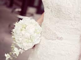 wedding flower woman carrying wedding flower free stock photo
