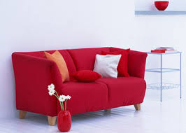 Chọn màu cho sofa để căn phòng thêm ấm áp 1