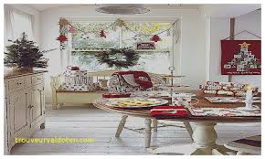 dining table christmas decorations dining room table christmas centerpiece luxury christmas decorating