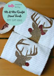 christmas hostess gifts handmade hostess christmas gift idea mr and mrs rudolph towels