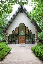 a light of love wedding chapel destination weddings branson mo stonegate glass chapel weddings
