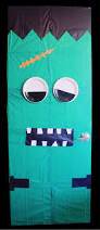 easy diy halloween decor monster doors apartminty