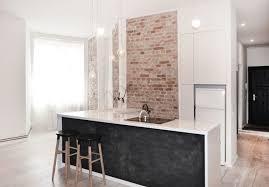 peinture ardoise cuisine design interieur mur brique cuisine minimaliste blanhe ilot