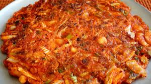 cara membuat pancake kimchi kimchi pancakes kimchijeon 김치전 youtube