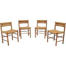 sentou bureau suite de quatre chaises dordogne par perriand pour
