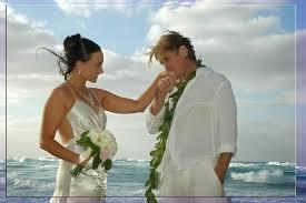 Hawaiian Wedding Dresses Beach Wedding Dresses For Hawaiian Or Beach Themed Wedding